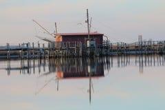 Καλύβες ψαράδων στις λιμνοθάλασσες Στοκ φωτογραφία με δικαίωμα ελεύθερης χρήσης