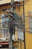 Καλώδια ηλεκτρικής ενέργειας στο Βιετνάμ Στοκ φωτογραφία με δικαίωμα ελεύθερης χρήσης