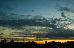 Καλώδια στον ουρανό Στοκ Φωτογραφίες