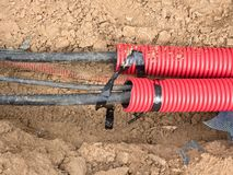 Καλώδιο HDPE και protectivep το σωλήνα Οικοδόμηση των γραμμών μεταλλικών και καλωδίων οπτικών ινών, Στοκ Εικόνες
