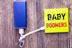Κείμενο ανακοίνωσης γραφής που παρουσιάζει γενιές του baby boom Επιχειρησιακή έννοια για τη δημογραφική παραγωγή που γράφεται στη Στοκ Εικόνες