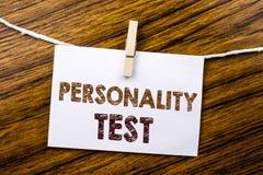 Κείμενο ανακοίνωσης γραφής που παρουσιάζει επιχειρησιακή έννοια δοκιμής προσωπικότητας για την αξιολόγηση της τοποθέτησης που γρά Στοκ φωτογραφία με δικαίωμα ελεύθερης χρήσης