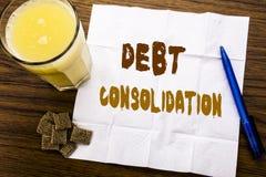 Κείμενο ανακοίνωσης γραφής που παρουσιάζει σταθεροποίηση χρέους Επιχειρησιακή έννοια για την πίστωση δανείου χρημάτων που γράφετα στοκ φωτογραφία με δικαίωμα ελεύθερης χρήσης