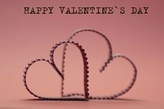 Κείμενο μορφής καρδιών ευτυχές Στοκ Εικόνες