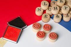 Κείμενο WORD στα ξύλινα γραμματόσημα Στοκ Φωτογραφίες
