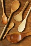 κενά κουτάλια ξύλινα Στοκ Εικόνα