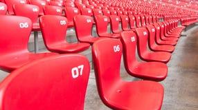 κενά κόκκινα καθίσματα Στοκ Εικόνες