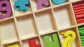 Κενά ξύλινα κλουβιά για τις επιστολές ή τους αριθμούς Στοκ Εικόνα