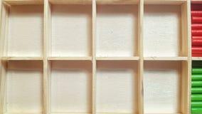 Κενά ξύλινα κλουβιά για τις επιστολές ή τους αριθμούς Στοκ φωτογραφία με δικαίωμα ελεύθερης χρήσης