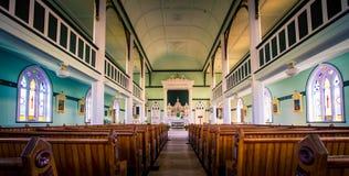 Κενά ξύλινα pews εκκλησιών Στοκ Εικόνες