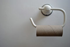Κενή έκτακτη ανάγκη ρόλων τουαλετών Στοκ Εικόνες