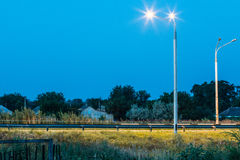 Κενή εθνική οδός τη νύχτα χωρίς αυτοκίνητα Στοκ φωτογραφία με δικαίωμα ελεύθερης χρήσης