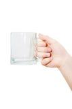 κενή εκμετάλλευση χεριών γυαλιού στοκ εικόνα με δικαίωμα ελεύθερης χρήσης