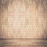 Κενή εσωτερική προοπτική με τον τοίχο κεραμιδιών τούβλου Στοκ εικόνα με δικαίωμα ελεύθερης χρήσης