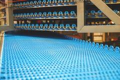 Κενή ζώνη μεταφορέων για το εργοστάσιο ψωμιού στοκ εικόνες με δικαίωμα ελεύθερης χρήσης