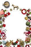Κενή κάρτα Χριστουγέννων, συλλογή, δώρα και διακοσμητικές διακοσμήσεις, στο μπλε υπόβαθρο Στοκ Εικόνες