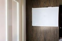 Κενή κενή υπενθύμιση σημειώσεων whiteboard Στοκ εικόνα με δικαίωμα ελεύθερης χρήσης
