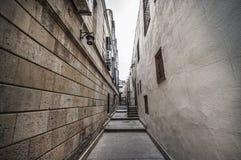 Κενή οδός στην παλαιά πόλη του Μπακού, Αζερμπαϊτζάν Παλαιά πόλη Μπακού Κτήρια καρδιών της πόλης Στοκ Φωτογραφίες