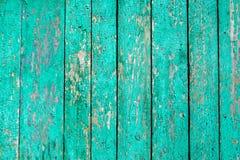 Κενή παλαιά ξύλινη επιφάνεια χρωμάτων αποφλοίωσης Κατασκευασμένο υπόβαθρο για τη σύνθεση προϊόντων και τροφίμων με το διάστημα γι στοκ φωτογραφία