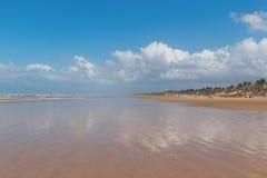 Κενή παραλία Aruana, Aracaju, κράτος Sergipe, Βραζιλία Στοκ Εικόνες