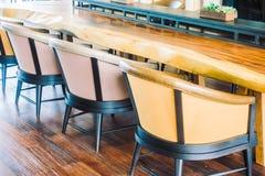 Κενοί καρέκλα και καναπές Στοκ εικόνες με δικαίωμα ελεύθερης χρήσης
