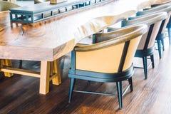 Κενοί καρέκλα και καναπές Στοκ φωτογραφίες με δικαίωμα ελεύθερης χρήσης