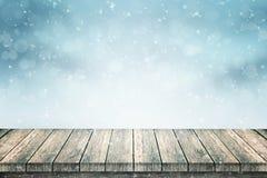 Κενοί ξύλινοι πίνακας και χιόνι για την προώθηση προϊόντων ελεύθερη απεικόνιση δικαιώματος