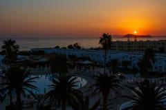 Κενοί λόγοι ξενοδοχείων στην αυγή Ελλάδα Κρήτη Στοκ Φωτογραφία