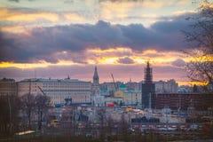 Κεντρική άποψη πόλεων της Μόσχας στο ηλιοβασίλεμα στοκ φωτογραφία