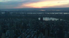 Κεντρική κεραία της Νέας Υόρκης πάρκων ηλιοβασιλέματος απόθεμα βίντεο
