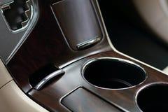 Κεντρική κονσόλα αυτοκινήτων στοκ φωτογραφίες με δικαίωμα ελεύθερης χρήσης