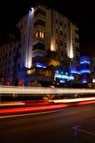 Κεντρική νύχτα ξενοδοχείων ισοτιμιών νότιων παραλιών Στοκ Εικόνες