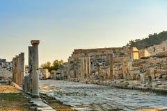 Κεντρικός δρόμος στην αρχαία πόλη Patara Lycian Τουρκία Στοκ φωτογραφία με δικαίωμα ελεύθερης χρήσης