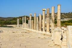 Κεντρικός δρόμος στην αρχαία πόλη Patara Lycian Τουρκία Στοκ εικόνες με δικαίωμα ελεύθερης χρήσης