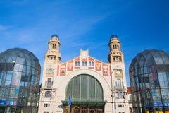 Κεντρικός σταθμός τρένου της Πράγας cesky τσεχική πόλης όψη δημοκρατιών krumlov μεσαιωνική παλαιά Στοκ φωτογραφίες με δικαίωμα ελεύθερης χρήσης