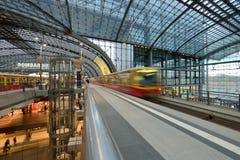 Κεντρικός σταθμός τρένου του Βερολίνου Στοκ Φωτογραφία