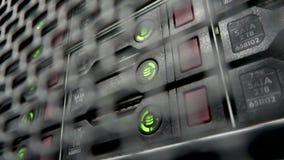 Κεντρικός υπολογιστής αποθήκευσης HDD Λάμποντας λαμπτήρας Ράφι κεντρικών υπολογιστών στοιχείων με την αναλαμπή λαμπτήρων πολλών σ απόθεμα βίντεο