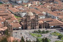 Κεντρικό τετράγωνο σε Cuzco με το Λα Compania, Plaza de Arm καθεδρικών ναών Στοκ φωτογραφία με δικαίωμα ελεύθερης χρήσης