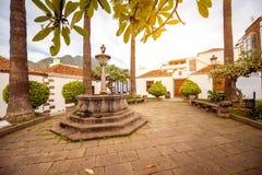 Κεντρικό τετράγωνο στην πόλη Los LLanos στοκ εικόνες