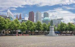 Κεντρικό τετραγωνικό Het Plein με το άγαλμα του William ο σιωπηλός, Χάγη, Κάτω Χώρες Στοκ εικόνα με δικαίωμα ελεύθερης χρήσης