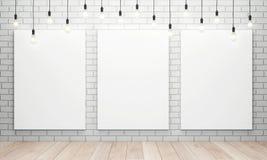 Κενός άσπρος καμβάς με τις καμμένος λάμπες φωτός Στοκ εικόνες με δικαίωμα ελεύθερης χρήσης