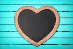 Κενός διαμορφωμένος καρδιά πίνακας κιμωλίας στοκ φωτογραφίες με δικαίωμα ελεύθερης χρήσης