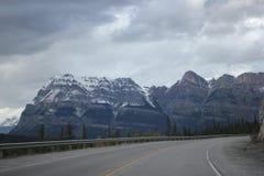 κενός δρόμος βουνών στοκ εικόνες