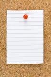 Κενός λευκός ριγωτός πίνακας Pushpin του Κορκ φύλλων στοκ εικόνα με δικαίωμα ελεύθερης χρήσης