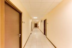Κενός μακρύς διάδρομος στοκ φωτογραφίες
