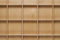 κενός ξύλινος ραφιών στοκ εικόνες