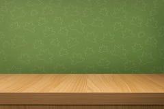 Κενός ξύλινος πίνακας πέρα από την εκλεκτής ποιότητας ταπετσαρία Στοκ φωτογραφία με δικαίωμα ελεύθερης χρήσης