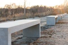 Κενός πάγκος δίπλα στο πάρκο Στοκ φωτογραφίες με δικαίωμα ελεύθερης χρήσης