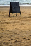 Κενός πίνακας στην παραλία σε Anjuna, Ινδία Στοκ φωτογραφία με δικαίωμα ελεύθερης χρήσης