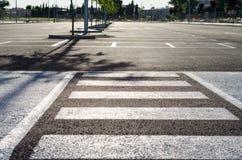 Κενός χώρος στάθμευσης για τα αυτοκίνητα Στοκ φωτογραφία με δικαίωμα ελεύθερης χρήσης